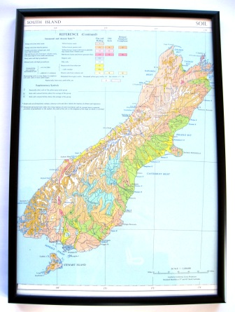 A 1950's vintage map featuring the South Island's soil types.